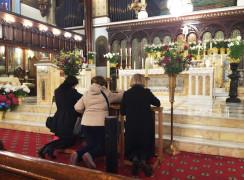 Veneración San Charbel
