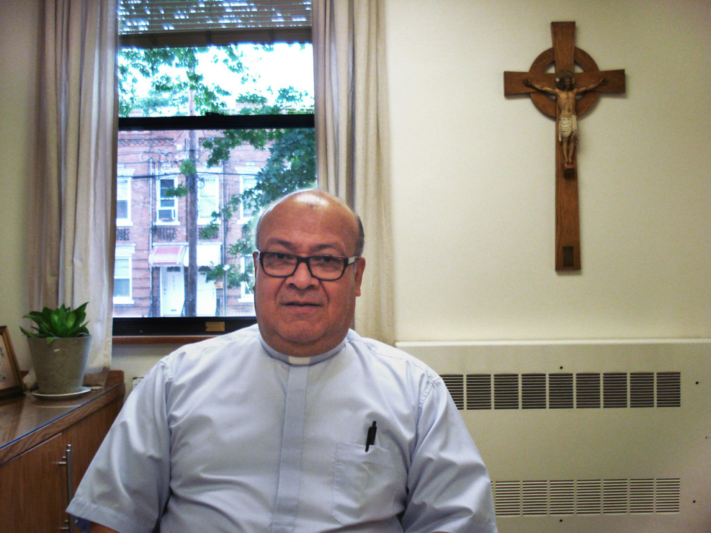 Padre Roberto Cadavid 2