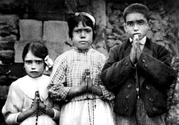 Portuguese shepherd children Lucia dos Santos, center, and her cousins, Jacinta and Francisco Marto, are seen in a file photo taken around the time of the 1917 apparitions of Mary at Fatima. (CNS photo/EPA) See VATICAN-LETTER-FATIMA March 30, 2017.