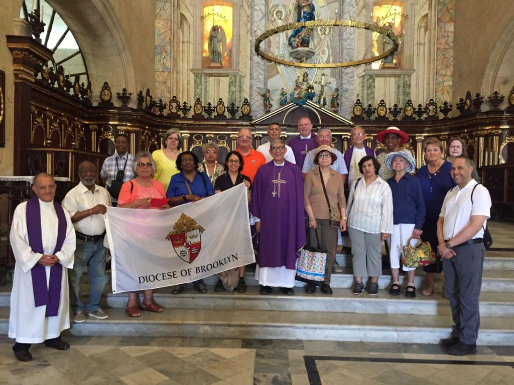 Peregrinación a Cuba con monseñor Cisneros
