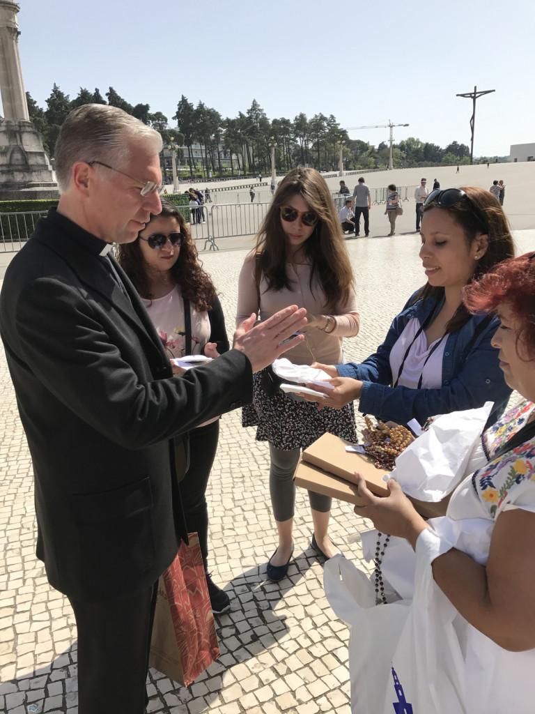 Padre He¦üctor Rami¦ürez 2