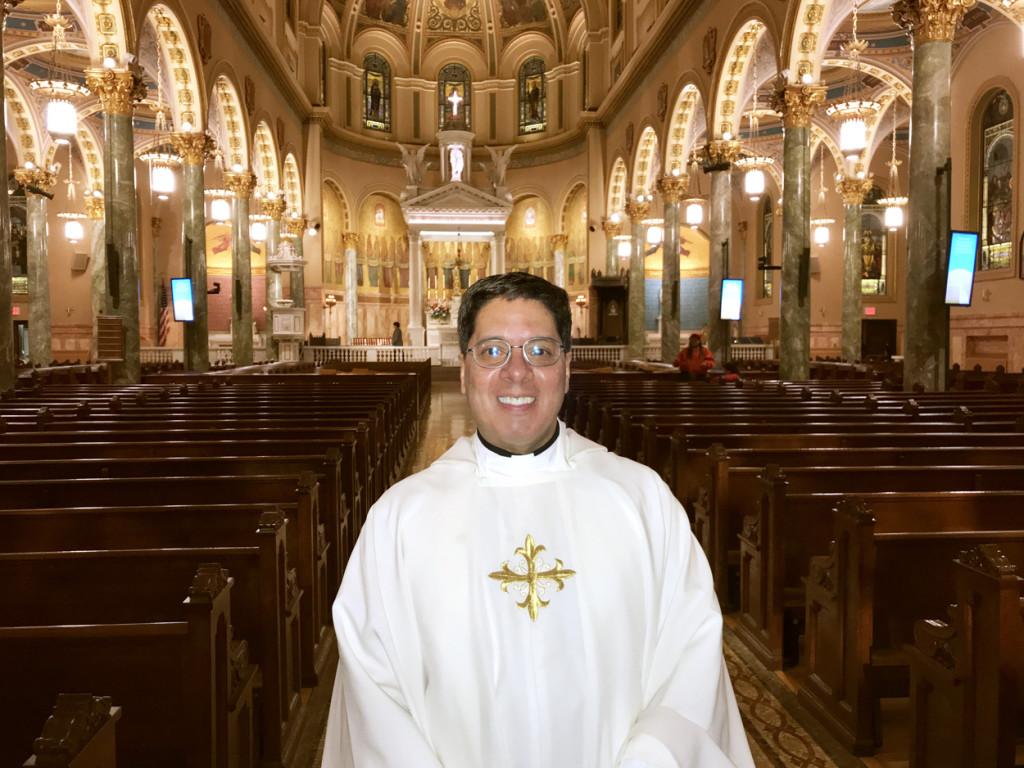 Padre Frederick Cintrón 1
