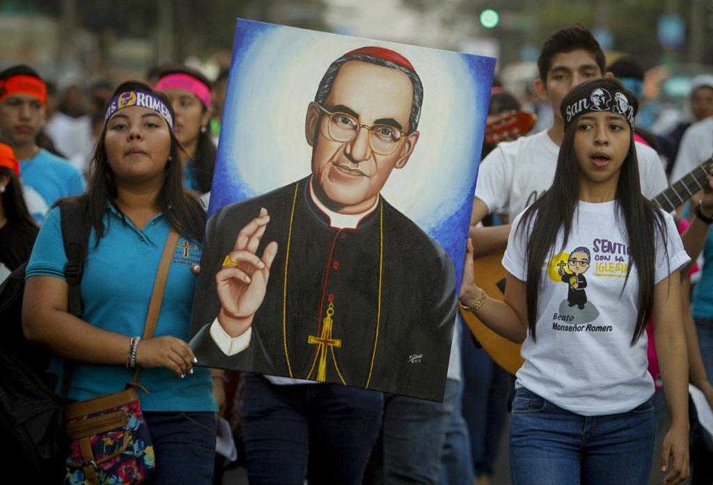 Se filtran a las redes sociales detalles de canonización de Romero