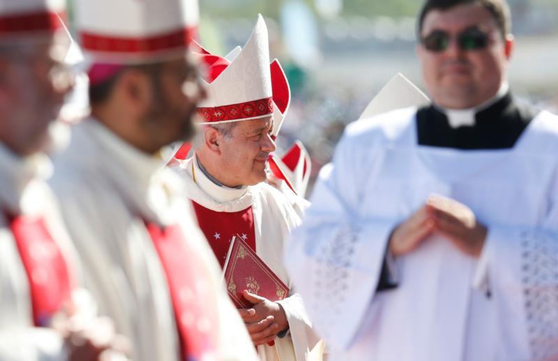 El Papa acepta la renuncia de tres obispos chilenos