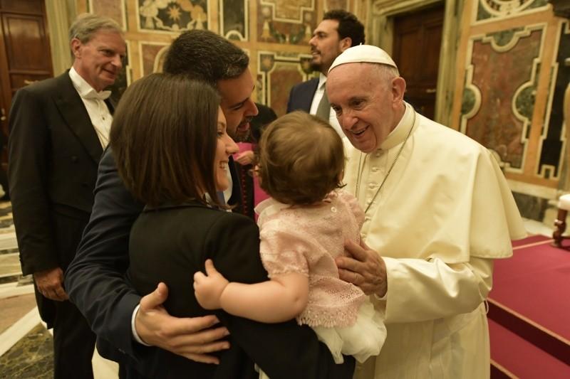"""Papa: """"Solo hay un tipo de familia y es entre hombre y mujer"""""""