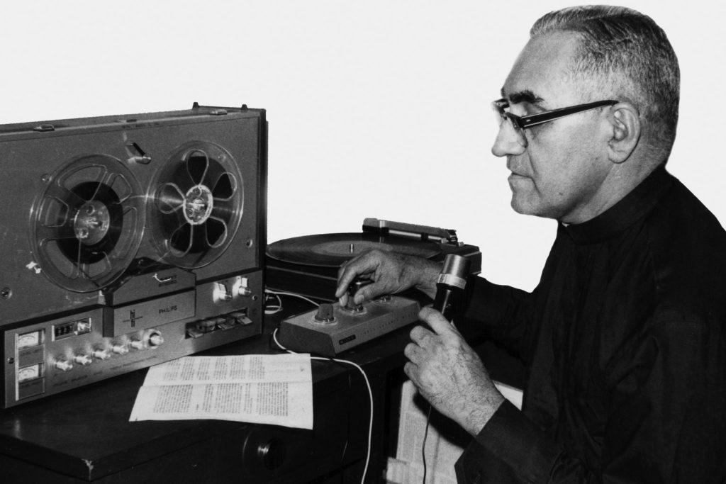 Santidad de Óscar Romero es una lección de vida, dice obispo de Rockville Centre