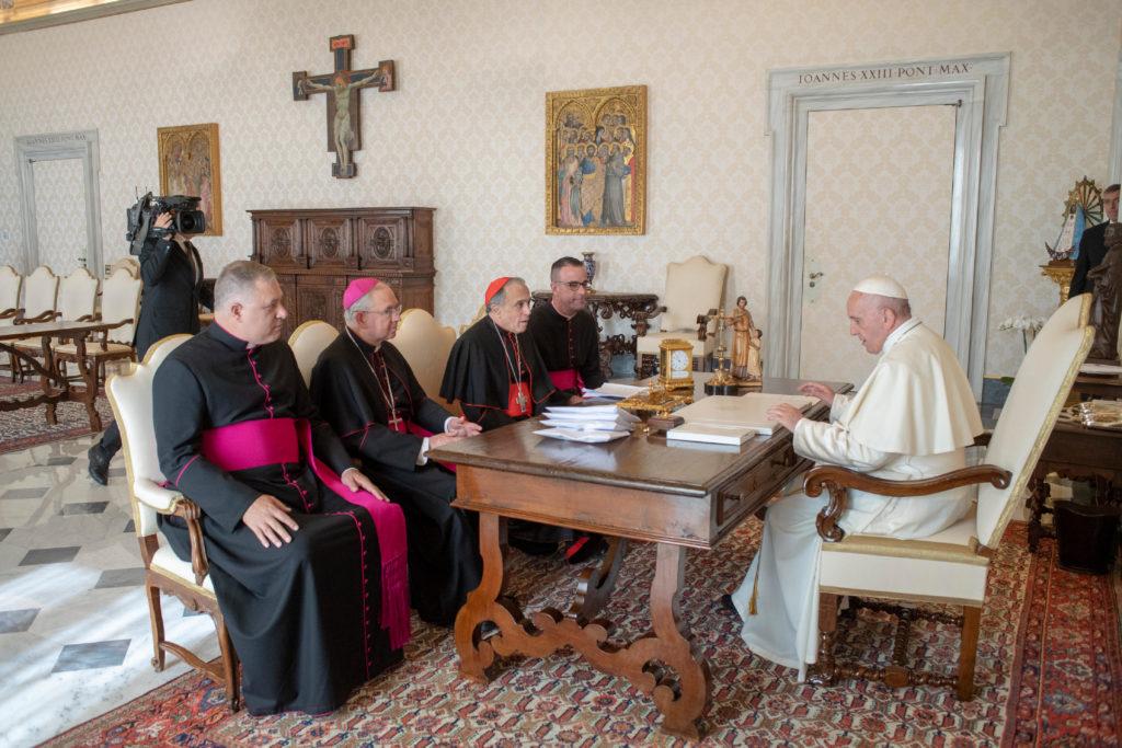 Crisis de abusos sexuales, primer tema en reunión de obispos estadounidenses