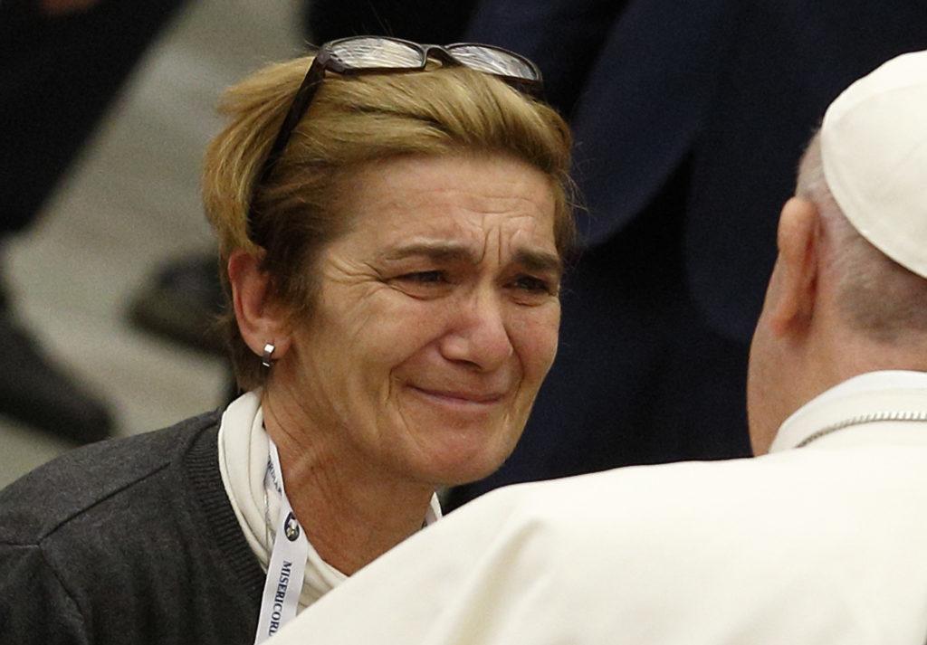 Ayudar a los pobres no es una moda papal, sino un deber, dijo el papa