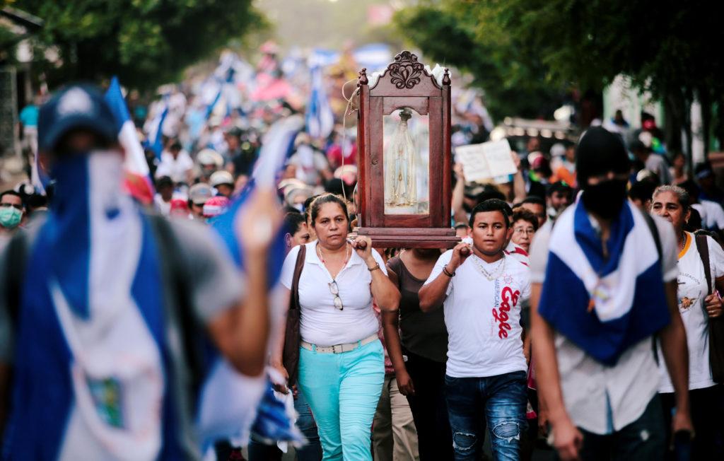 Iglesia nicaragüense atrapada en medio del clima de terror