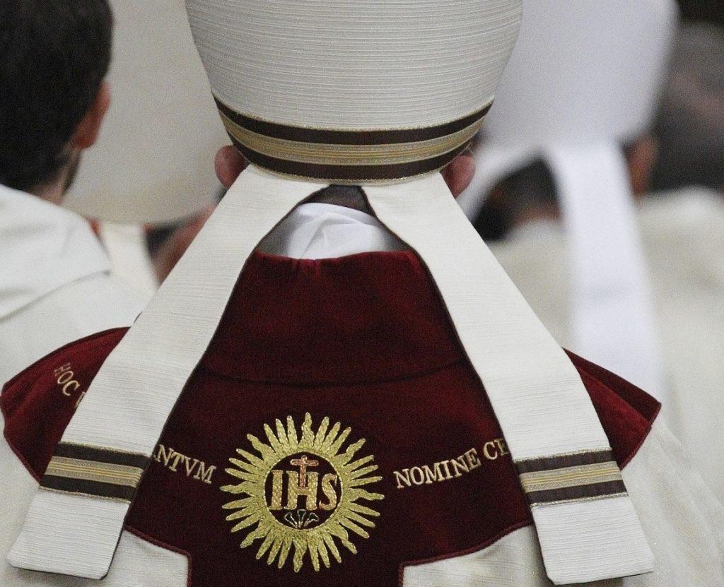 Jesuitas estadounidenses publican lista de 50 sacerdotes acusados de abuso sexual