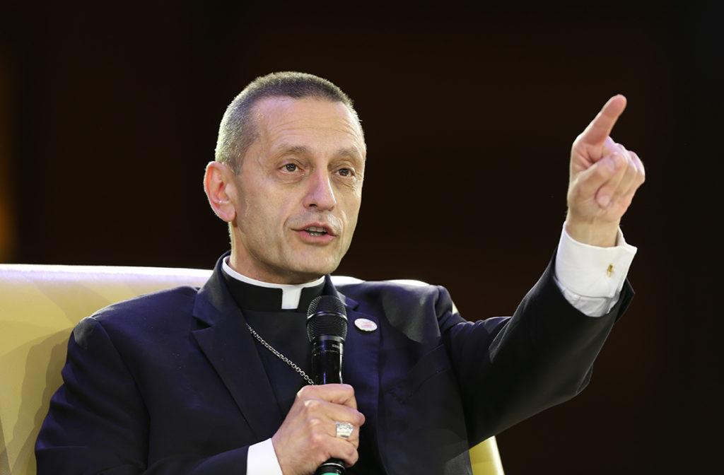 """Obispo de Bridgeport califica de """"crimen y pecado"""" abuso sexual por parte de clérigos"""