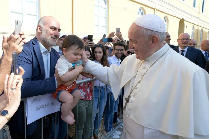 """""""La teología es parte de un diálogo sincero"""", dice el papa Francisco"""