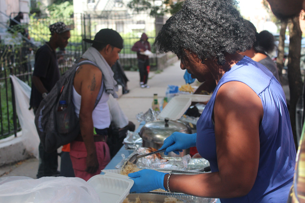 'Llenando estómagos y alimentando almas' en Brooklyn durante 20 años