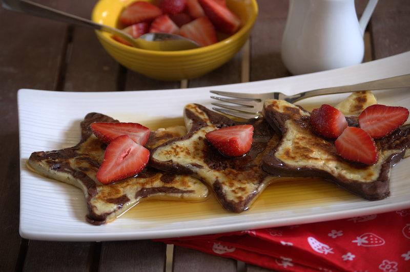 Para este 14 de febrero: ¡pancakes de fresa y chocolate!