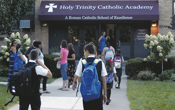 Diócesis de Brooklyn anuncia el cierre de seis escuelas